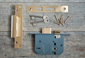 Sash lock changes in West Malling